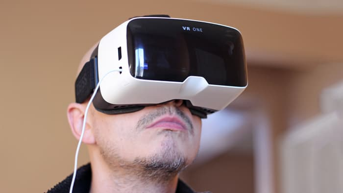 The Fit Guys Guide to Virtual Reality - mensfitnesscom